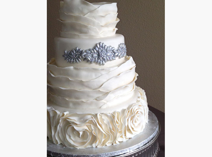 angelique-daniel-wedding-cake-2